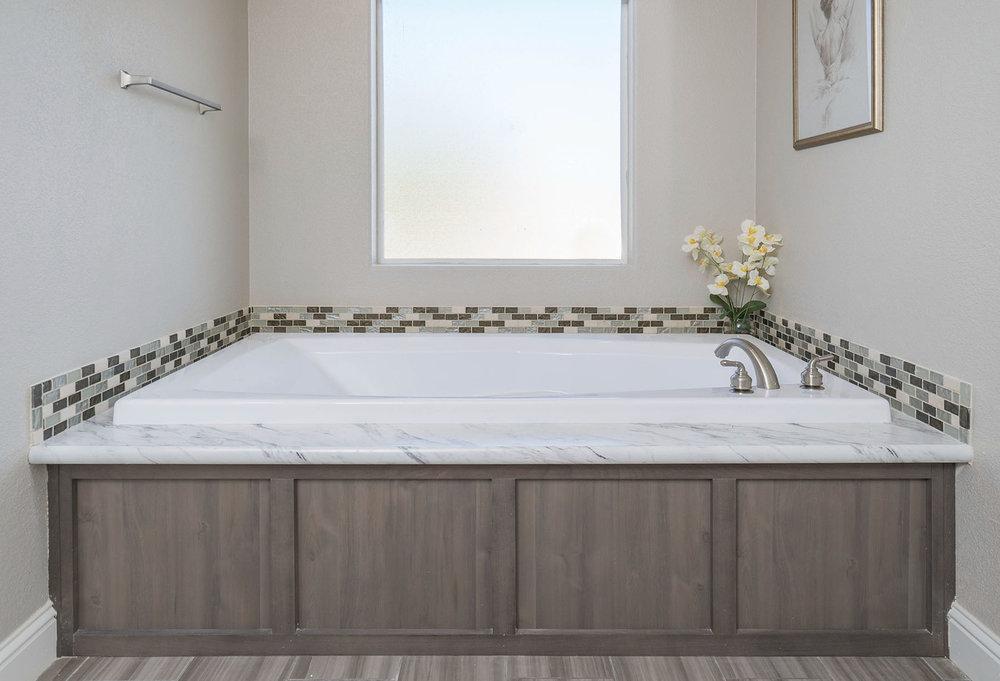 American Spirit Homes-American Freedom 3266, Bathroom 6