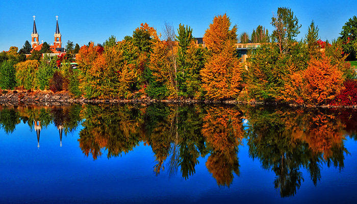 Fall-along-the-Spokane-River3.jpg