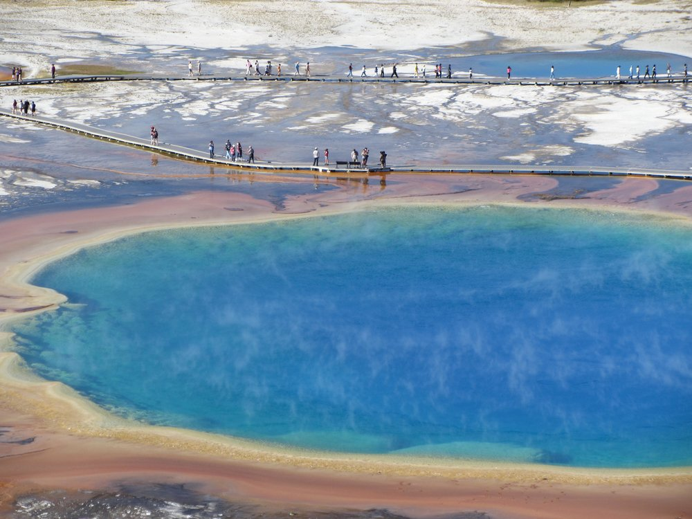 Grand Prismatic Springs,  Yellowstone National Park .