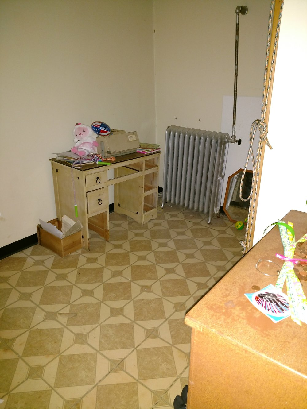 Inez's room