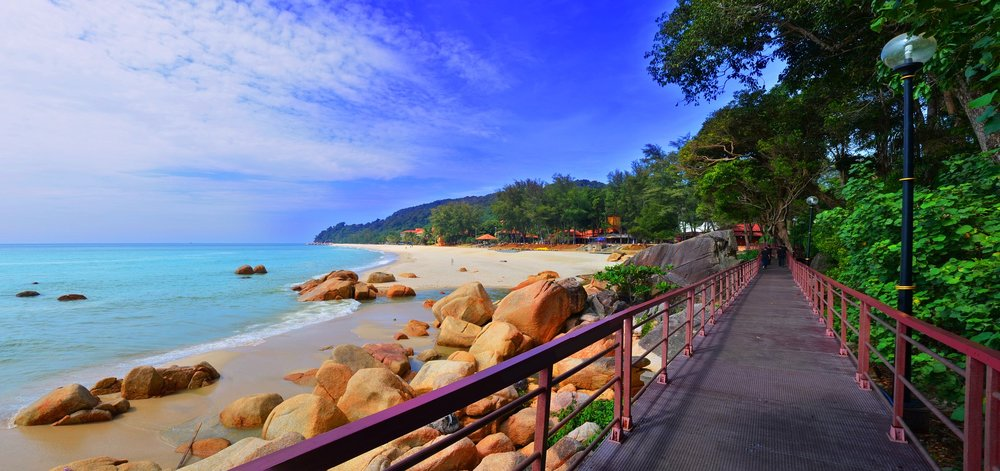 beach-1692129_1920.jpg