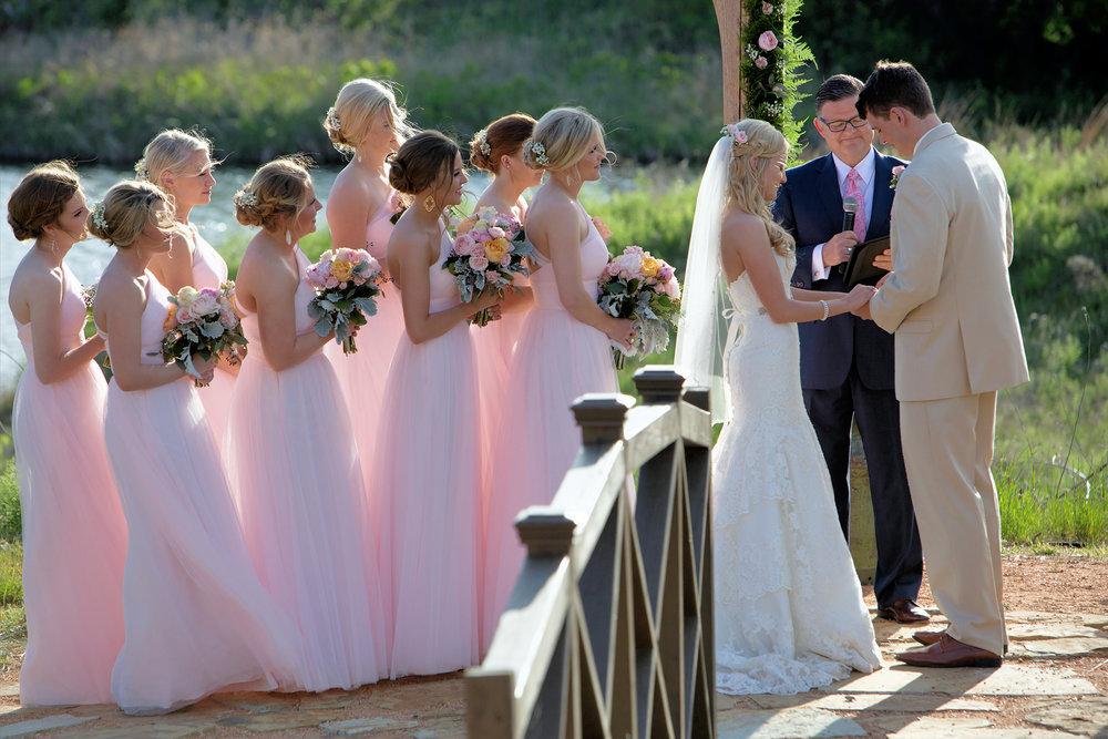 Ourdoor wedding at Rosemary Ridge