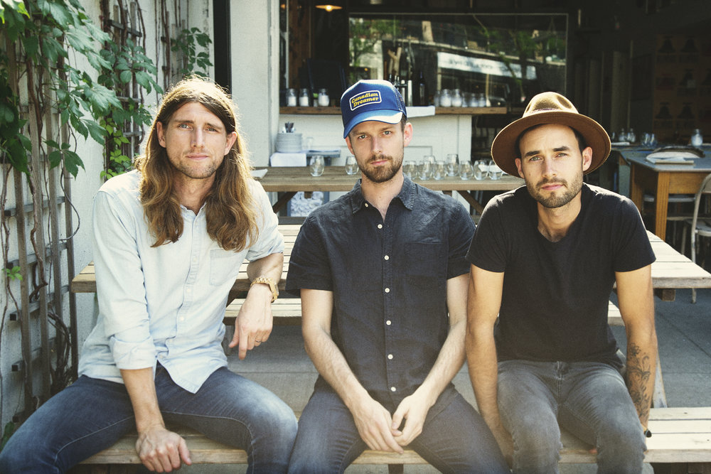 THE EAST POINTERS