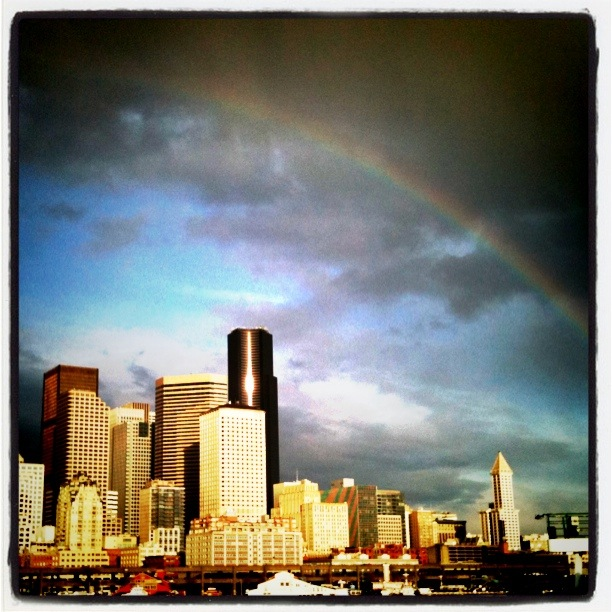 seattlerainbow.jpg