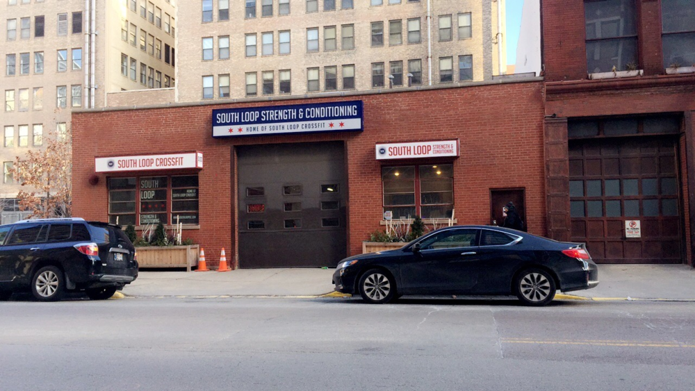 Street view of South Loop Strength and Conditioning.  Photo by Shavonne Holton.