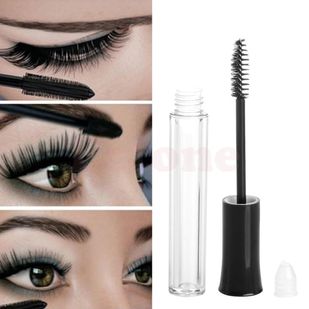 A serum that encourages the growth of healthy, fuller brows. Apply Biotin Brow Growth in the morning and evening to achieve lush and more youthful-looking brows.  Mascara wand spoolie applicator distributes the perfect amount of product.