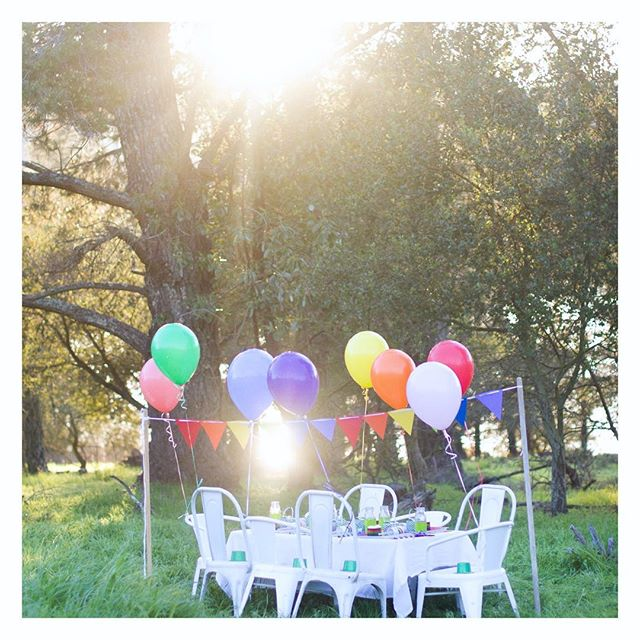 "Throwing it back to this ""Follow the Rainbow"" party we popped up in the middle of the most gorgeous green field at that perfect golden hour time of day. It was pretty magical✨🌈✨ • • • • #therevelryco #creatingmemories #livelifehappy #partydecor #partyplanner #eventplanner #eventstyling #brandstylist #contentcreator #bayareaeventplanner #momentslikethese #gatheringslikethese #stpatricksday #stpaddysday #stpatricksparty #stpaddysparty #rainbowparty #kidparty  #jointherevelry  #popup #popupparty #artofapopup #makingmemories #flashesofdelight #alfresco #getoutdoors #wanderlust #liveauthentic #childhoodunplugged"