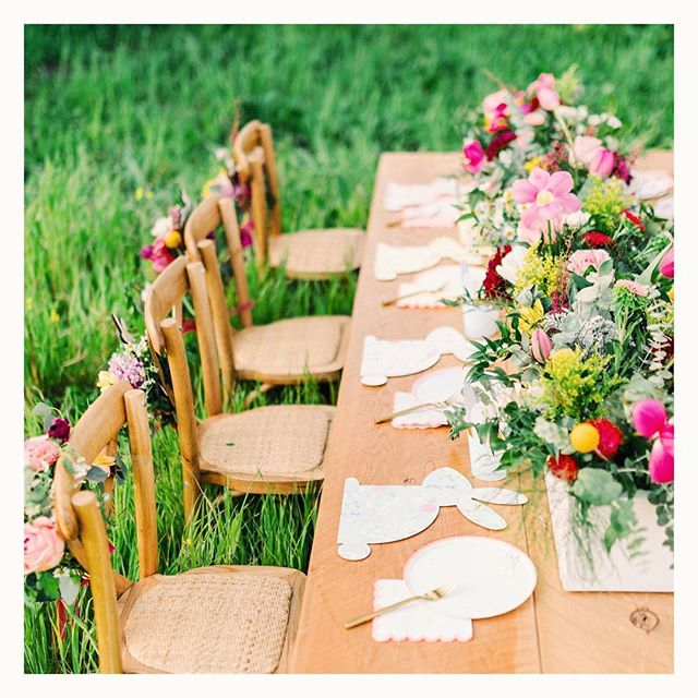 Hip hop hooray our Brunching Bunnies Easter party is featured on @100layercakelet today!🐰🌾 ⠀⠀⠀⠀⠀⠀⠀⠀⠀ Styling and design: @therevelryco Photography: @custockphotography Kids clothes: @vineyardvines  Tabletop: @merimeriparty Flowers: @poppycart.co Furniture Rental: @standardpartyrentals Cake: @b.r.sweets Cookies/Meringues: @sugarcrushsweets  Laser cut names and sign: @creativeamme Invitation Design: @minordetailcle Host: @latishaspringer • • • #therevelryco #creatingmemories #livelifehappy #partydecor #partyplanner #eventplanner #eventstyling #brandstylist #contentcreator #bayareaeventplanner #momentslikethese #gatheringslikethese #easterparty #easterdecor #easterbrunch #easteregghunt #merimeri #eastertable #easter