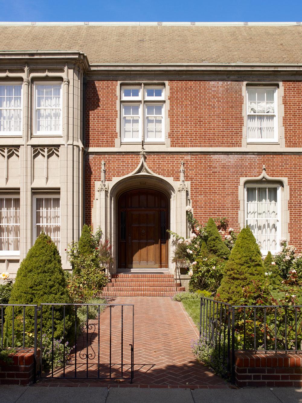 British-Consulate-2-w.jpg