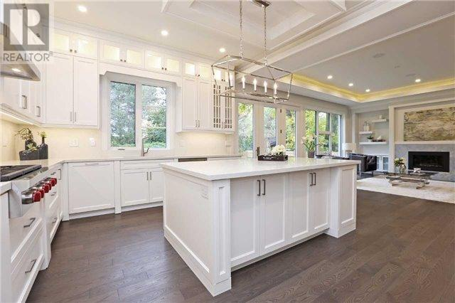 280 Burnett Avenue - Kitchen Island - Copy.jpg