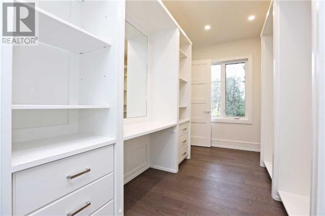 280 Burnett Avenue - Walk-in Closet - Copy.jpg