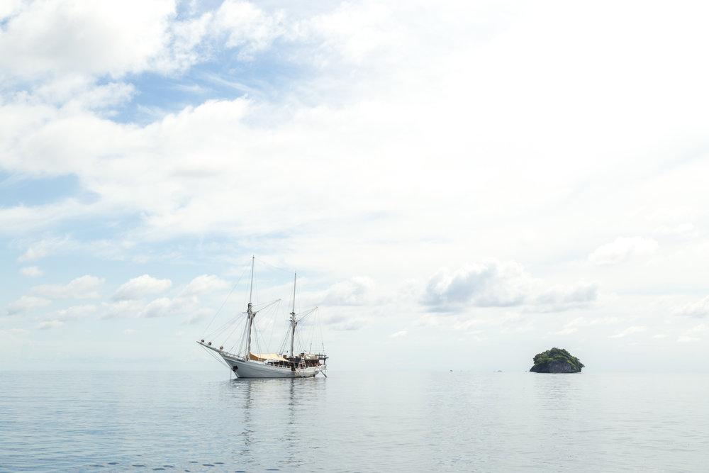 Raja Ampat Sailing Yacht | Indonesia Tourism