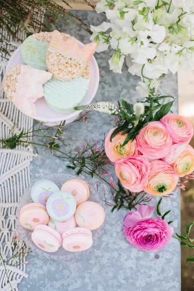MV florals backyard easter brunch (1).jpg