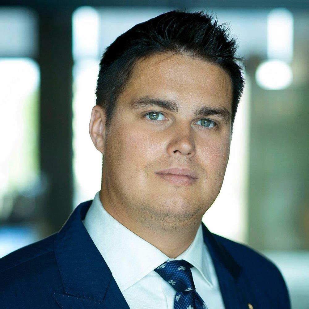 Myynnin ammattilainen Timo Lukkariniemi