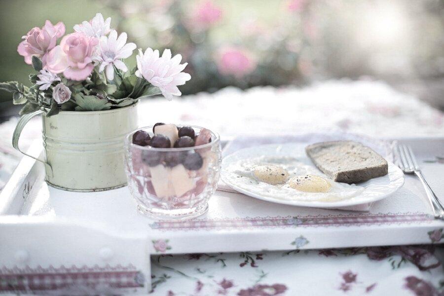 Eggs picnic flowers in green jug.jpg