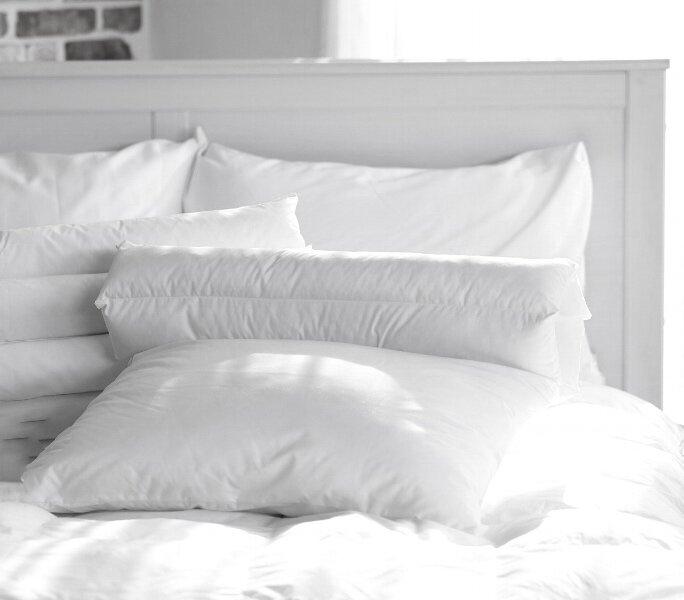 Bed white 1.jpg