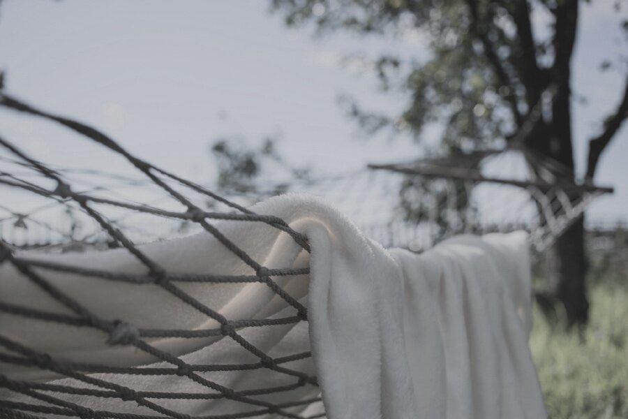 blanket-1846052_1920.jpg