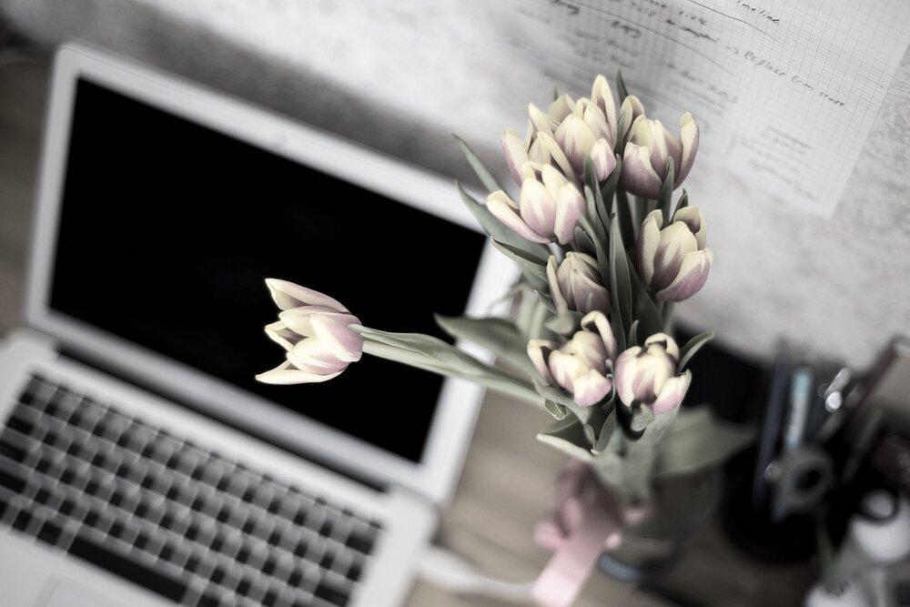 computer flowers.jpg