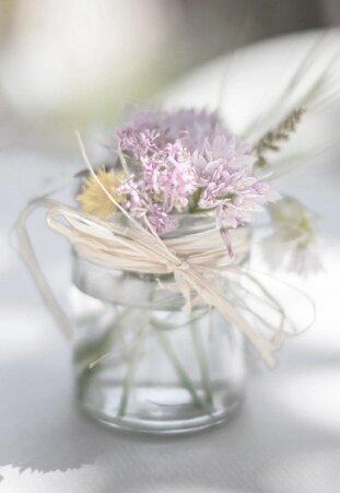 vase flowers.jpg