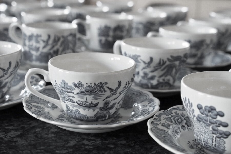 cups blue spode.jpg
