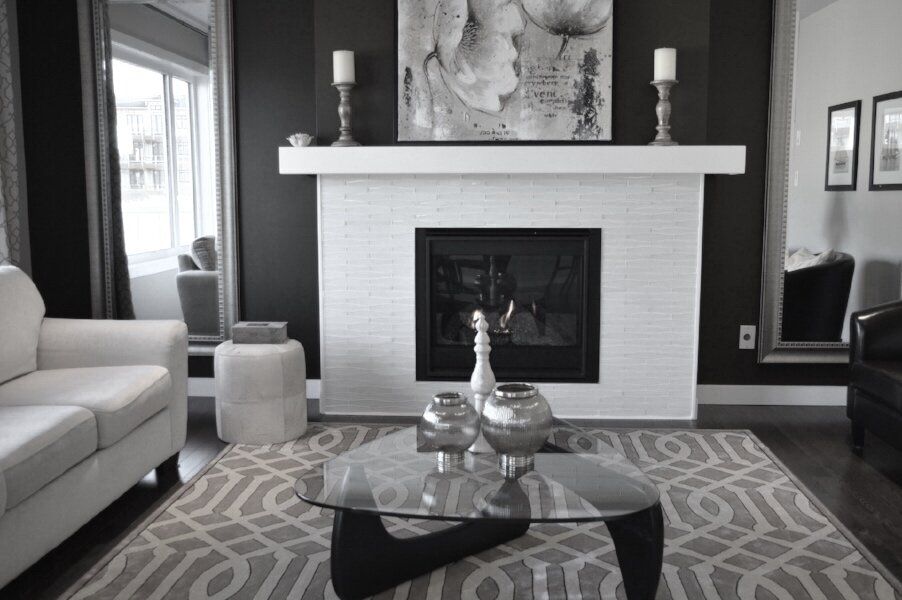 Fireplace livingroom.jpg