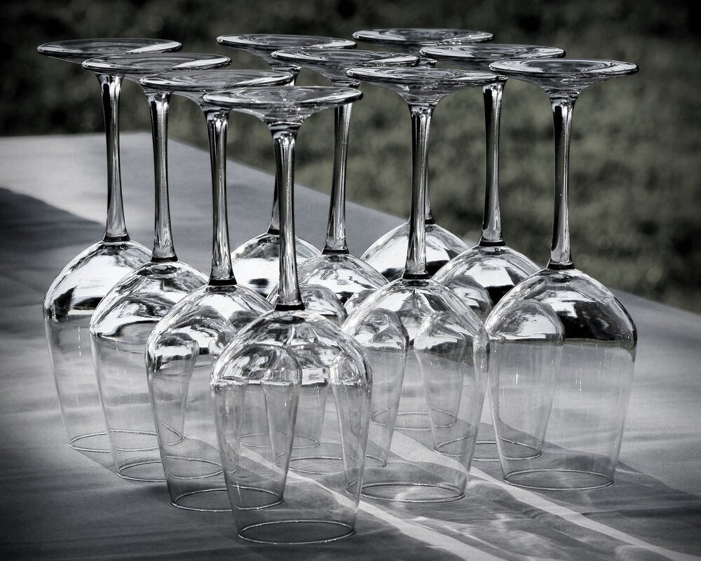 wine-glasses table garden.jpg