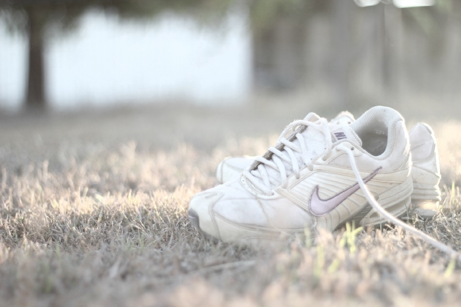 shoes sport white.jpg