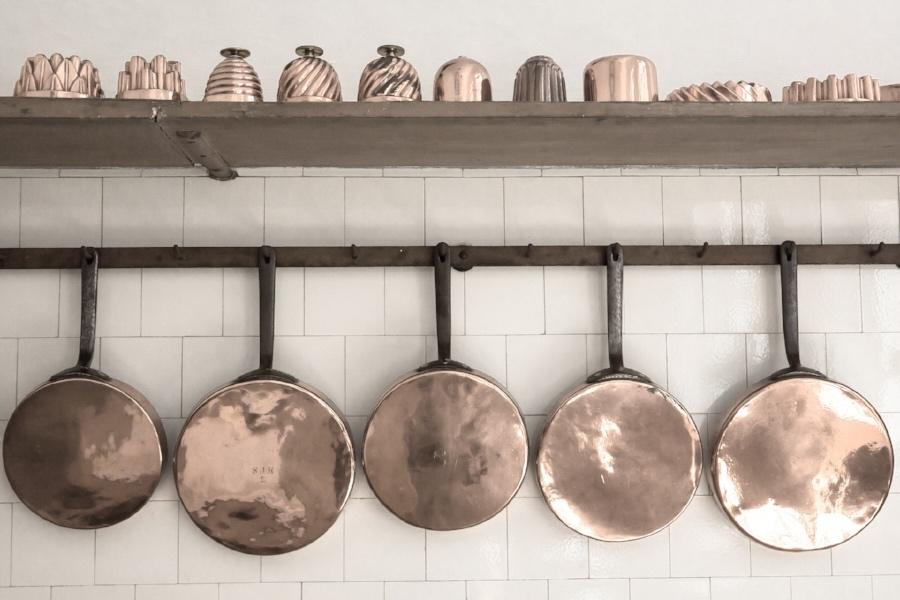 copper pans kitchen.jpg