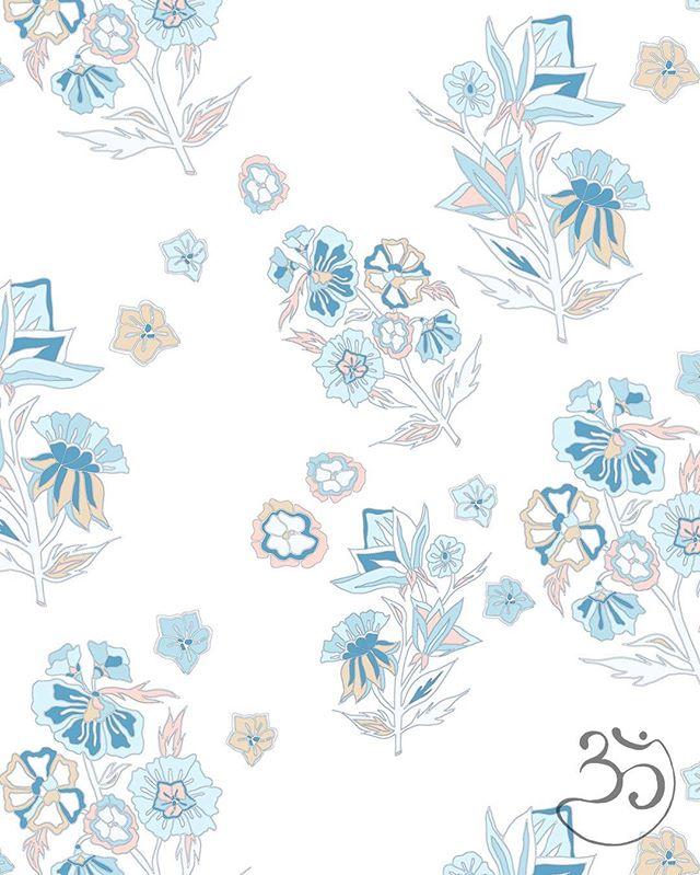 Floral Fridays 🌸💙 #omnessprints