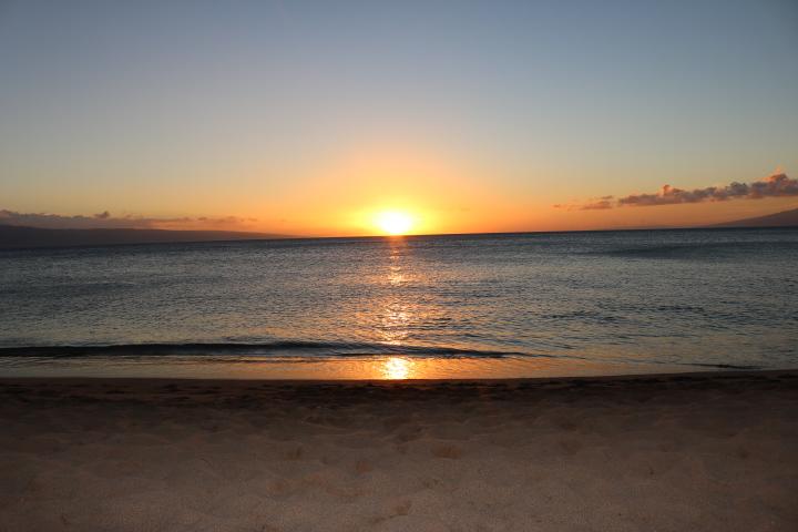 Sunset at Ka'anapali Beach at the Westin Nanea