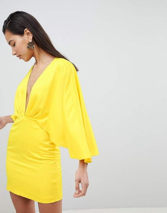 yellowminidress.jpg