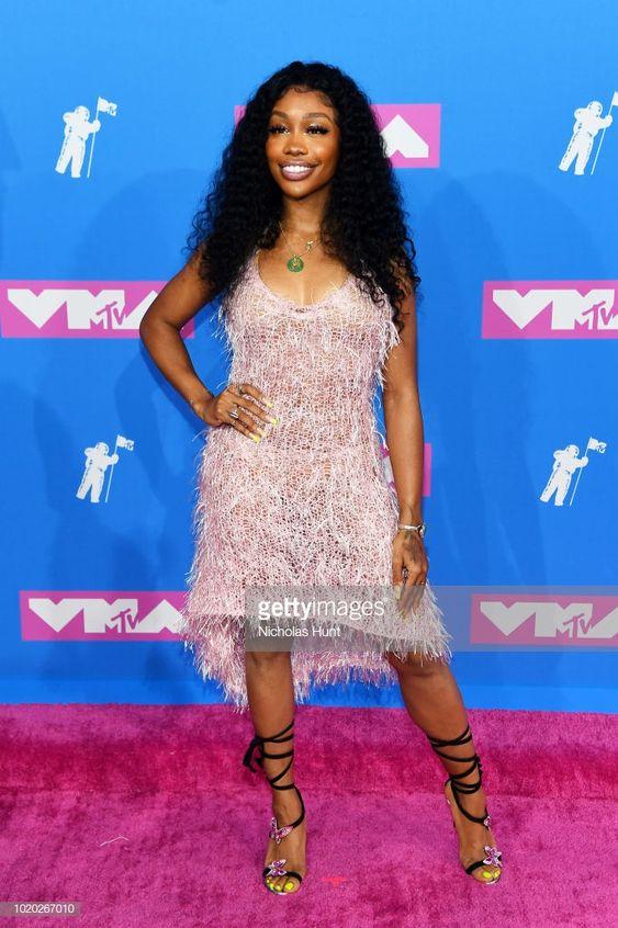 SZA at the 2018 VMA's wearing Rodarte