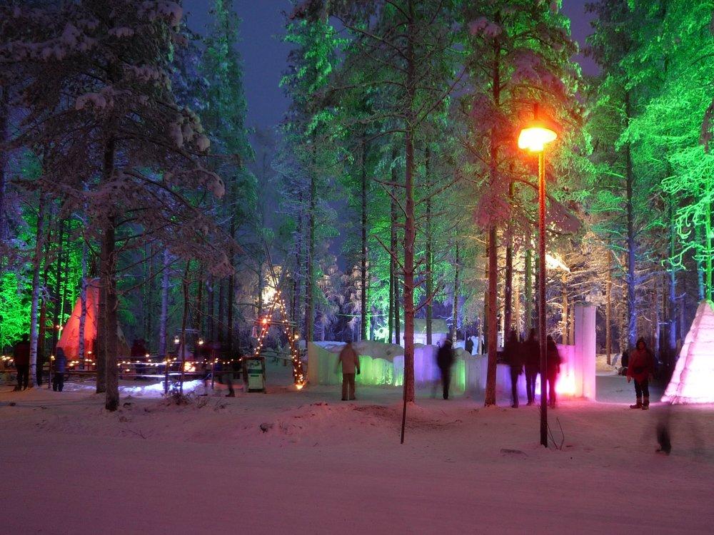 Santa's Village   (image)