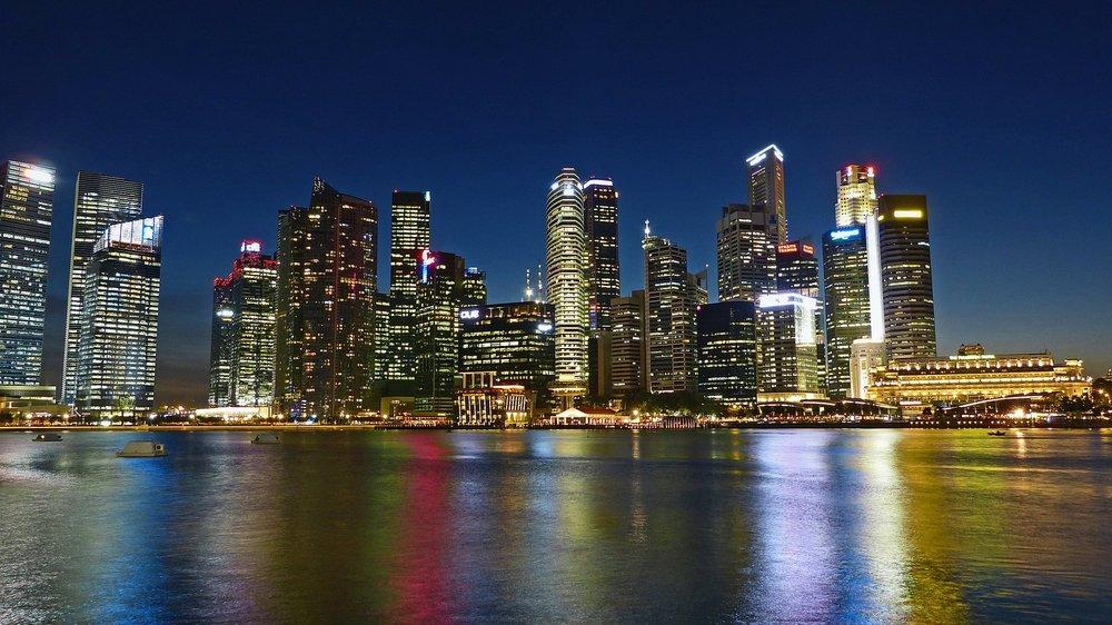 https://pixabay.com/en/singapore-river-skyline-building-255116/