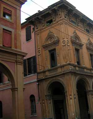 bologna-buildings.jpg