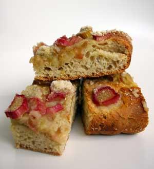 rhubarb-kuchen.jpg