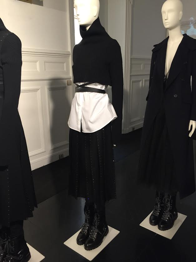 Previewing the pieces from the Valentino Fall 2016 Collection.
