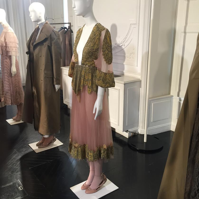 Valentino Fall 2016 Collection Preview - A beautiful shade of pink.