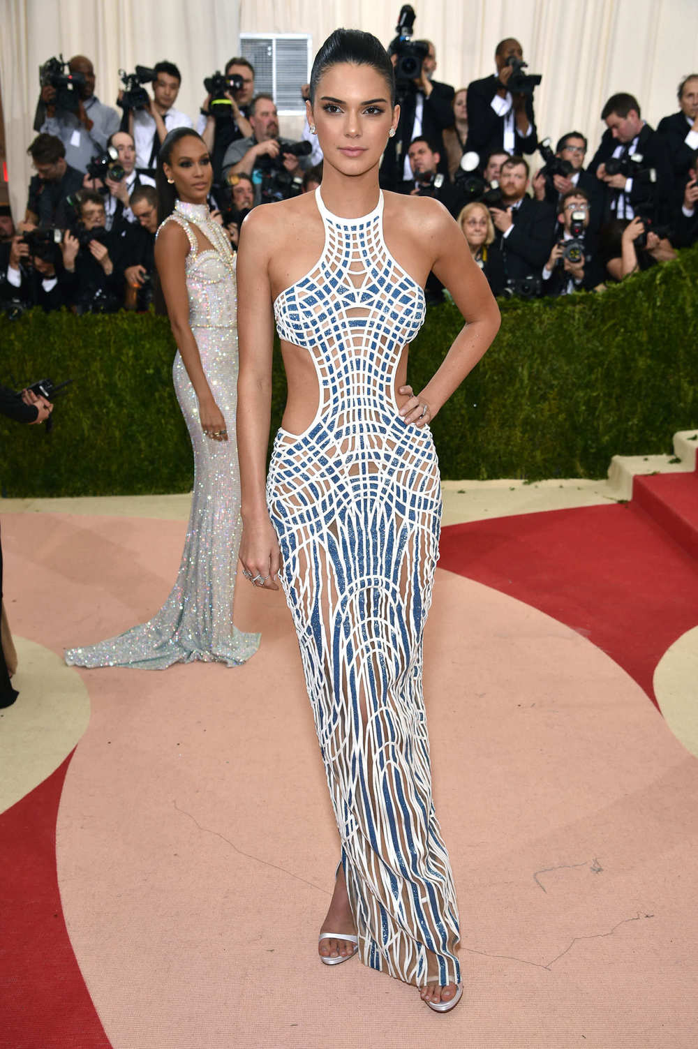 Kendall Jenner in Atelier Versace at the Met Gala 2016.