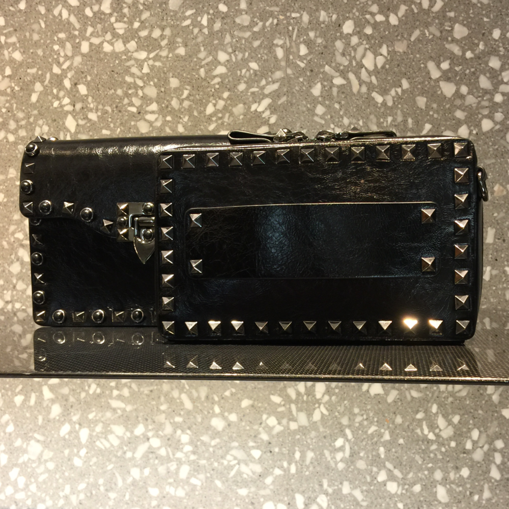 Wallet on a chain.