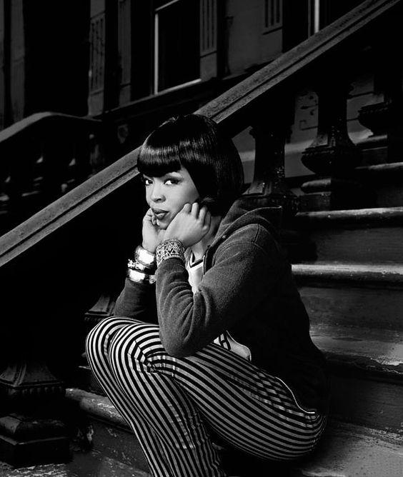 LAURYN HILL ON STEPS.jpg