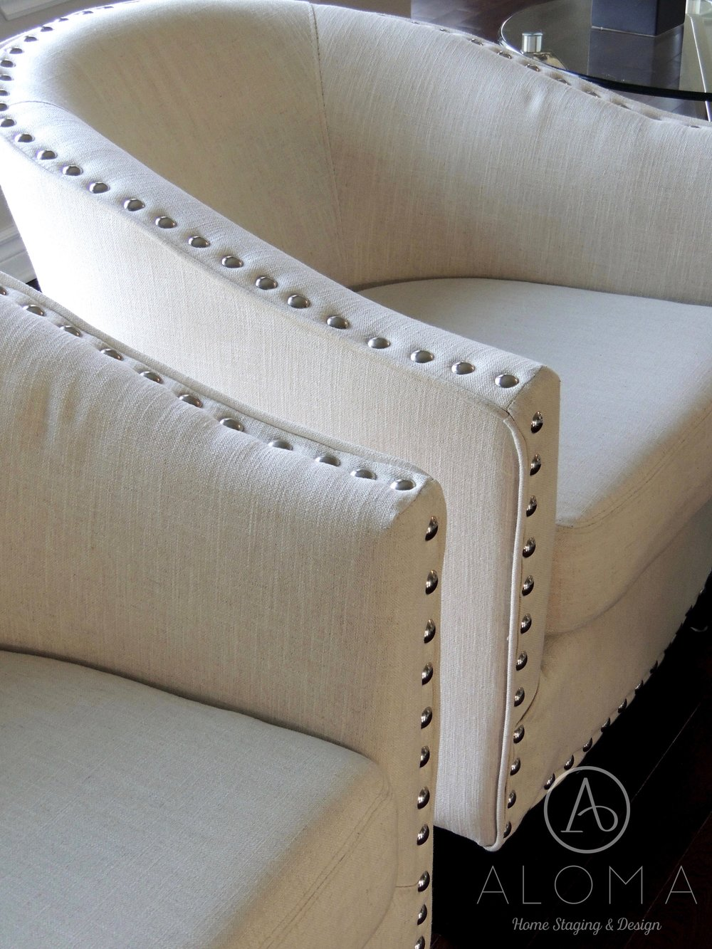 Beautiful white accent chairs  (Aloma Home Staging & Design)