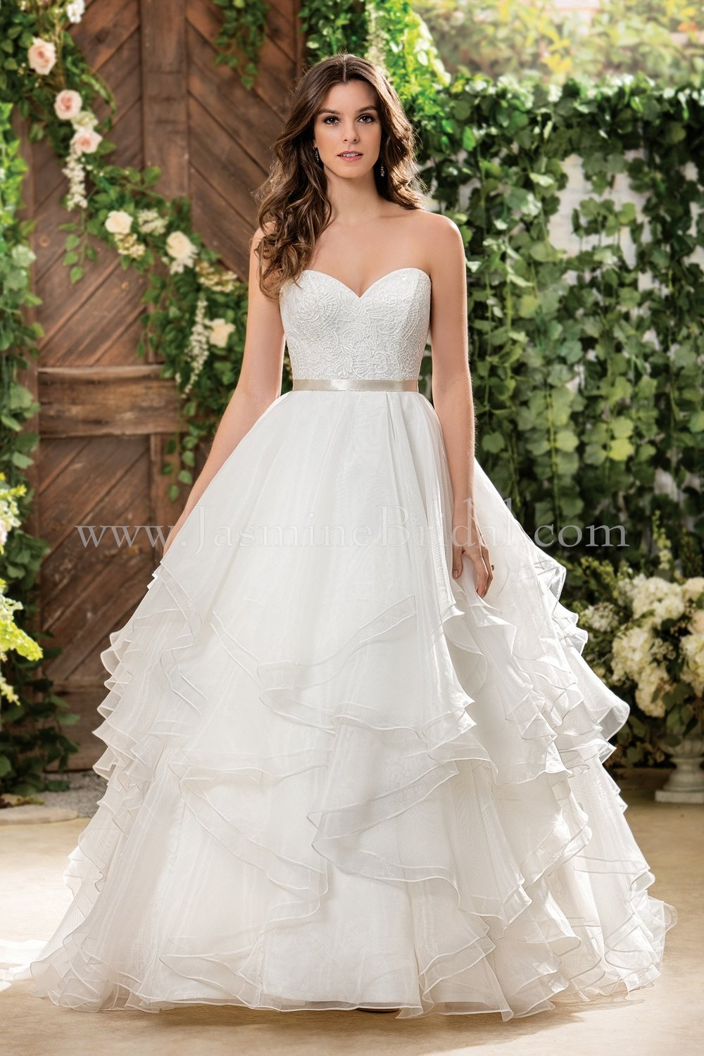 Jasmine Bridal 181068  size 14              Call for Pricing