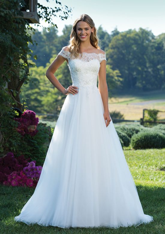 Sincerity Bridal 3889  size 12             Call for Pricing