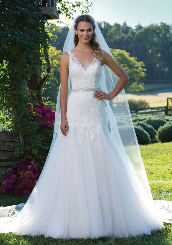 Sincerity Bridal 3978  size 8              Call for Pricing