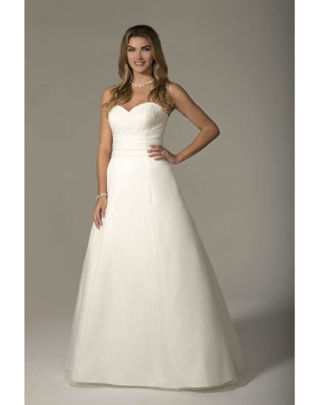 Venus Bridal VN6938  size 18            Call for Pricing