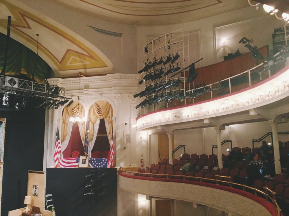 fords theatre-lincoln box
