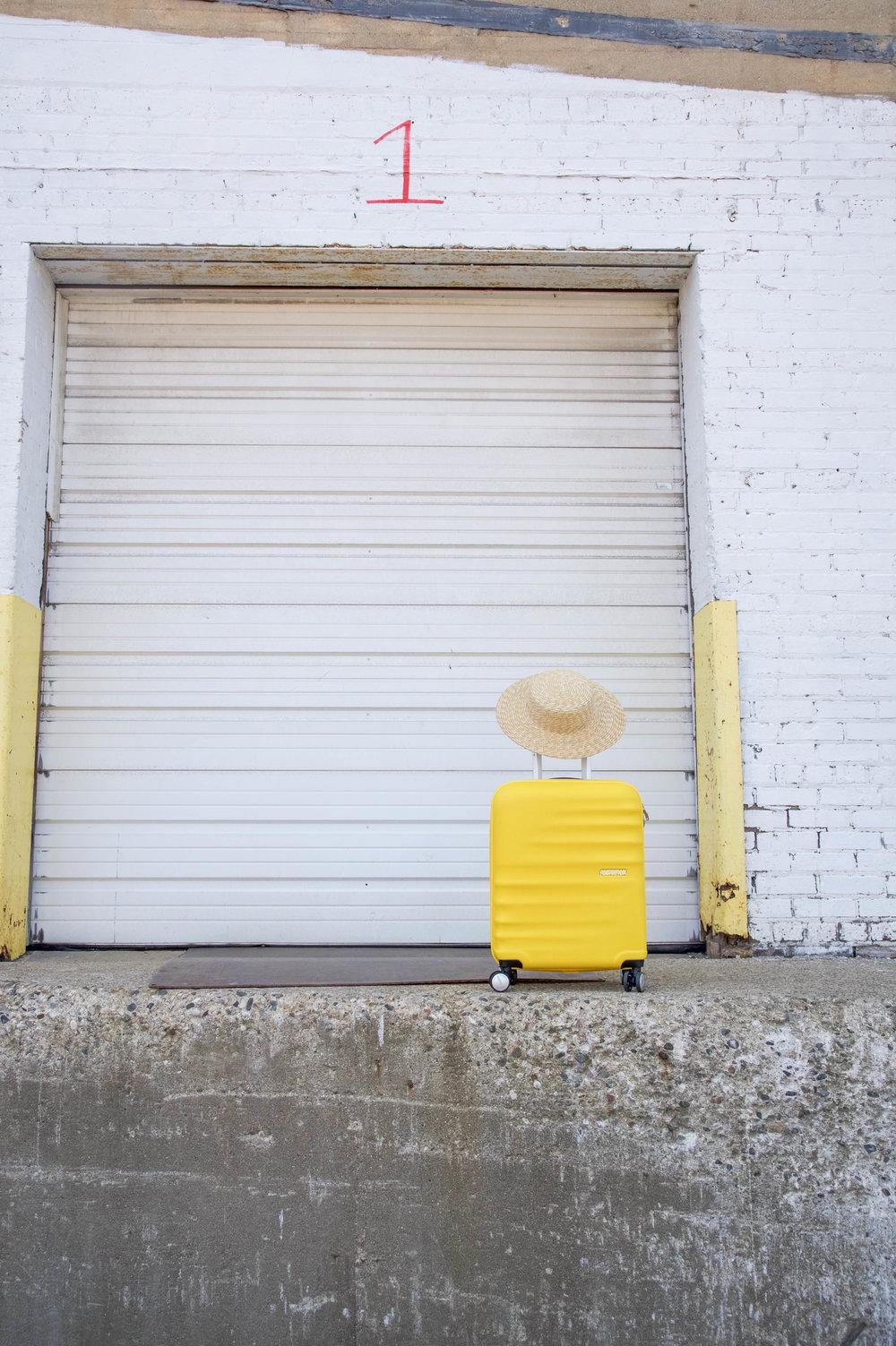 american-tourister-wavebreaker-yellow