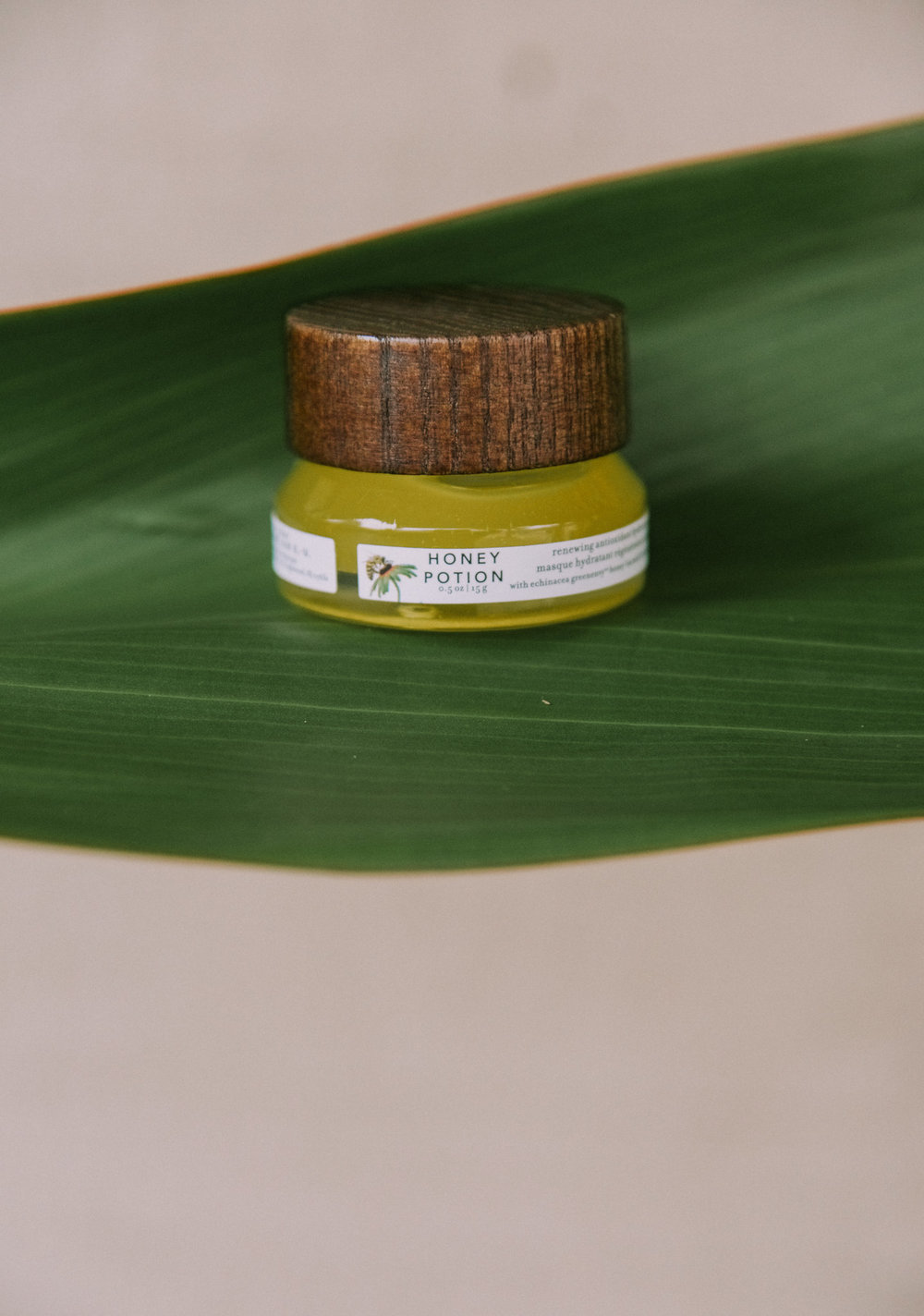Honey Potion | Mask - This little bottle contains mask magic and rounds out the honey products. You apply this mask to clean skin from your jawline on up to your forehead. When you massage into your face, it transforms into a cream that you leave on for 15 minutes or so and then rinse. You're left with glowing, hydrated skin. VITALS:• Infused with natural antioxidants • Contains propolis and aminco acide-rich jelly to target dry skin
