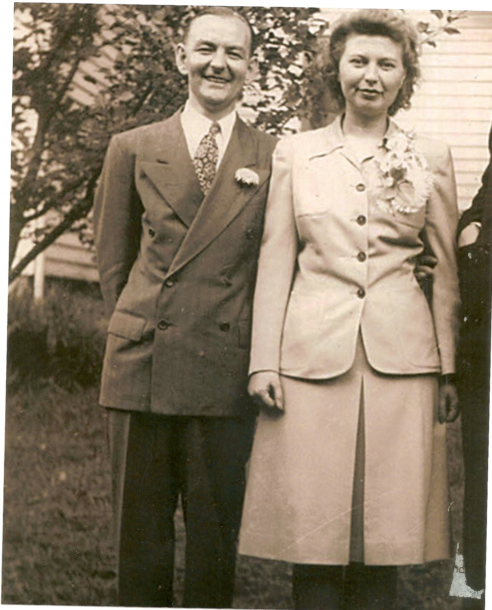 Alvin and Mary Fischesser.  Alvin, was a meat cutter and part owner of Macke's I.G.A. store on Glenway Ave near Ferguson Rd.